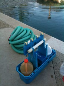 Keep a Pool Clean Without a Pump